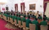 Jajaran pimpinan GP Ansor menemui Presiden Jokowi di Istana Merdeka, Jumat (11/1).