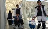 IPHI Ingatkan BPKH Akuntabel Kelola Uang Jamaah. Jamaah haji tiba di Bandara AMA Madinah.