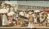 Makkah dalam Lintasan Sejarah Wabah Penyakit. Foto: Jamaah haji India pulang naik kapal dari pelabuhan jeddah.
