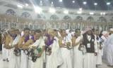 Jamaah haji Indonesia sedang bersiap melakukan thawaf