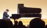 Jonathan Kuo saat konser resital solo, Selasa (25/6).