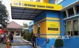 Kantor Pelayanan Pajak (KPP) Pratama Malang Utara meresmikan layanan inovasi bayar pajak melalui drive thru atau Layanan Tanpa Turun di Malang, Kamis (23/11).