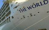 Kapal Cruise MV. The World