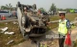 Kecelakaan tunggal di ruas tol Cipali, Ahad (10/6).