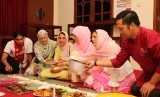 Keluarga Muslim Denmark Belajar Alquran di Yogyakarta