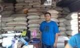 Pedagang beras di pasar (Ilustrasi).
