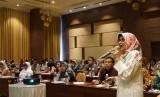 Kepala Bagian Evaluasi, Humas dan Pelaporan BPPSDMP Titin  Gumartini menyampaikan sambutan dalam kegiatan evaluasi di Bogor