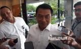 Kepala Staf Kepresidenan (KSP) Moeldoko memberikan keterangan pers di kantornya, Rabu (14/2).