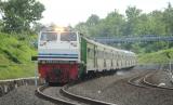 Kereta Api Argo Dwipangga