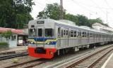 Kereta api (KRL) yang beroperasi di Jabodetabek.