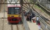 Kereta Commuter Line. ilustrasi  (Republika/Raisan Al Farisi)