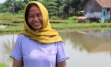 Kerja keras Neneng membuahkan hasil. Kini ia mampu merenovasi rumah miliknya.