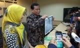 Ketua Bawaslu, Abhan, dalam konferensi pers hasil penanganan dugaan pelanggaran kampanye oleh Partai Solidaritas Indonesia (PSI), Kamis (17/5). Abhan mengungkapkan dua petinggi PSI terancam pidana penjara.
