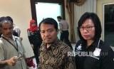 Ketua Komisi Perlindungan Anak Indonesia (KPAI), Susanto (tengah)
