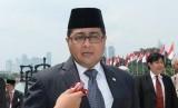 Teuku Riefky Harsya