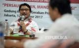 Ketua Kwarnas Gerakan Pramuka Adhyaksa Dault memberikan keterangan terkait pelaksanaan lomba tingkat lima (LT-V) gerakan pramuka di kantor Kwarnas Gerakan Pramuka, Jakarta, Kamis (12/10).