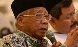 Ketua MUI Jawa Timur Abdusshomad Buchori menegaskan tidak boleh bagi umat Islam mengucapkan salam semua agama