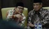 Ketua Umum Partai Kebangkitan Bangsa (PKB), Muhaimin Iskandar (Kiri)