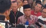Ketua Umum PBNU, Prof KH Said Aqil Siroj usai Deklarasi Pemilu Damai di Kantor LPOI, Jakarta Pusat, Jumat (22/3).