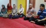 Cara Mualaf Etnis China Menjaga Silaturahim dengan Keluarga. Foto ilustrasi: Ketua Umum PP Muhammadiyah, Din Syamsuddin bersama Pimpinan Masjid Lautze, Ali Karim Oey.
