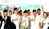 KH Ma'ruf Amin dan Ketua Umum ARBI Lukmanul Hakim saat peluncuran program Rombong.