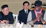 Kim Jong-un dan mantan pemain basket AS, Dennis Rodman