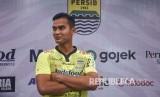 Kiper Persib Bandung Dhika Bhayangkara.