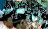 Kirab Hari Santri Nasional. Penyambutan rombongan Hari Santri Nasional di Ponpes Asshiddiqiyah, Jakarta, Sabtu (21/10).