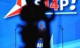Komandan Kogasma Pemenangan Pemilu 2019 Partai Demokrat Agus Harimurti Yudhoyono (AHY) menyampaikan pidato politik dalam penutupan Rapimnas Partai Demokrat 2018 di Sentul, Kabupaten Bogor, Jawa Barat, Ahad (11/3).