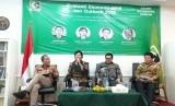 Komisioner ISEI Destry Damayanti menyampaikan pentingnya pembangunan SDM pada 2019 dalam acara Evaluasi Ekonomi 2018 dan Outlook 2019 di KAHMI Center, Rabu (12/12).
