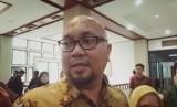 Komisioner KPU, Ilham Saputra