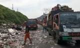 Kondisi terkini Tempat Pembuangan Akhir Sampah Sumur Batu, Kecamatan Bantargebang, Kota Bekasi, Senin (11/2).
