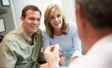 Konsultasi masalah kesehatan pada dokter/ilustrasi