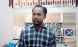 Koordinator Divisi Korupsi Politik Indonesian Corruption Watch (ICW), Donal Fariz memberikan pernyataan kepada awak media seusai diskusi Evaluasi Kinerja Pemerintahan Joko Widodo-Jusuf Kalla, Rabu (17/7).