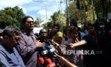 Kuasa hukum paslon meminta klarifikasi kepada pimpinan MK terkait dugaan pencurian dokumen gugatan Pilkada Dogiyai di Mahkamah Konstitusi, Jakarta, Rabu (15/3).