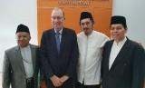 Kuasa Usaha Ad Interim (KUAI) Kedutaan Besar Selandia Baru untuk Indonesia, Roy Ferguson bertemu jajaran MUI