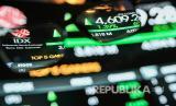 Layar menampilkan pergerakan Indeks Harga Saham Gabungan (IHSG) saat dibukanya perdagangan saham di gedung Bursa Efek Indonesia, Jakarta, Selasa (26/5/2020). IHSG dibuka menguat 32,16 poin atau 0,71 persen ke posisi 4.578,11 pada pukul 09.25 WIB.