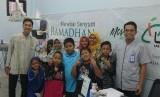 Laznas LMI bersama Klinik PHC Banjarmasin melaksanakan kegiatan cuci karang gigi gratis.
