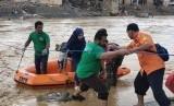 Lembaga Manajemen Infak (LMI) selama masa tanggap darurat bencana di Lebak, Banten.