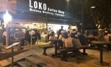 Loko Coffee Shop Malioboro, Yogyakarta. Kini, Loko Coffee Shop juga tersedia di Stasiun Purwokerto, Jawa Tengah.