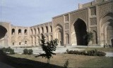 Madrasah Mustansiriya, Baghdad, Irak, salah satu karya arsitektur Abbasiyah.