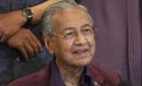 Mahathir Mohamad Mengundurkan Diri.