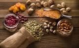 Biji basil diketahui memiliki banyak manfaat kesehatan untuk tubuh. Foto: Makanan dari biji-bijian (Ilustrasi).