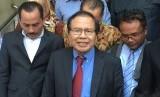 Mantan menteri koordinator kemaritiman RI Rizal Ramli usai diperiksa di Ditreskrimum Polda Metro Jaya, Rabu (24/10).
