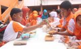 Market Day. SD Juara Jaktim binaan Rumah Zakat menggelar Market Day.