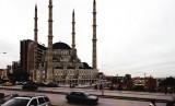Masjid Agung Pristin Kosovo