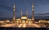 Mesir Tinjau Rencana Pembukaan Masjid. Masjid Al-Fattah Al-Alim di Kairo, Mesir.