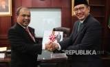 Menag Lukman Hakim Saifuddin Bersama Menteri Di Jabatan Perdana Menteri Malaysia YB Mejar Jeneral Dato' Seri Jamil Khir Hj Baharom.