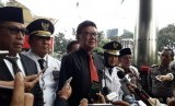 Mendagri bersama tiga pasangan gubernur dan wakil gubernur terpilih menyambangi KPK, Rabu (12/6).