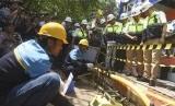 penyambungan pipa jaringan gas kota (Ilustrasi)